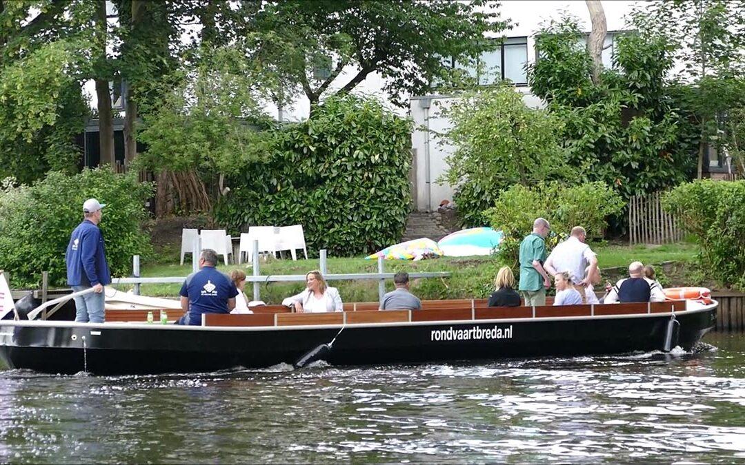 Eerste rolstoel toegankelijke rondvaartboot in Breda!